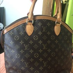 Louis Vuitton Lockit Vertical Authentic
